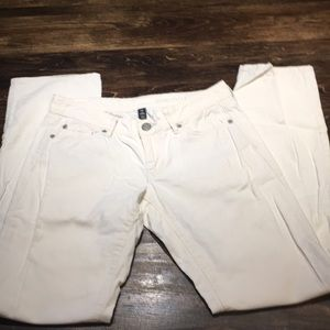 Woman's white Corduroy GAP pants size 2 /26 reg